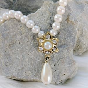Teardrop Rhinestone Pearl Vintage Necklace